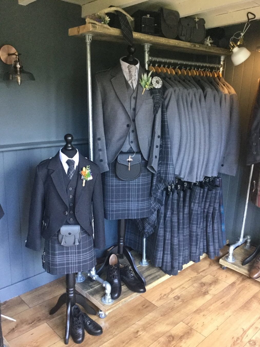 scottish-wedding-kilt-hire-balgonie-groomswear-menswear