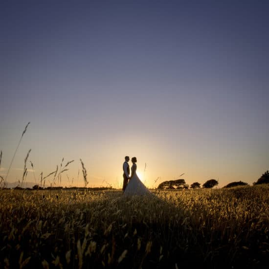 1500-photography-scottish-glasgow-wedding-photographer-bride-groom-field