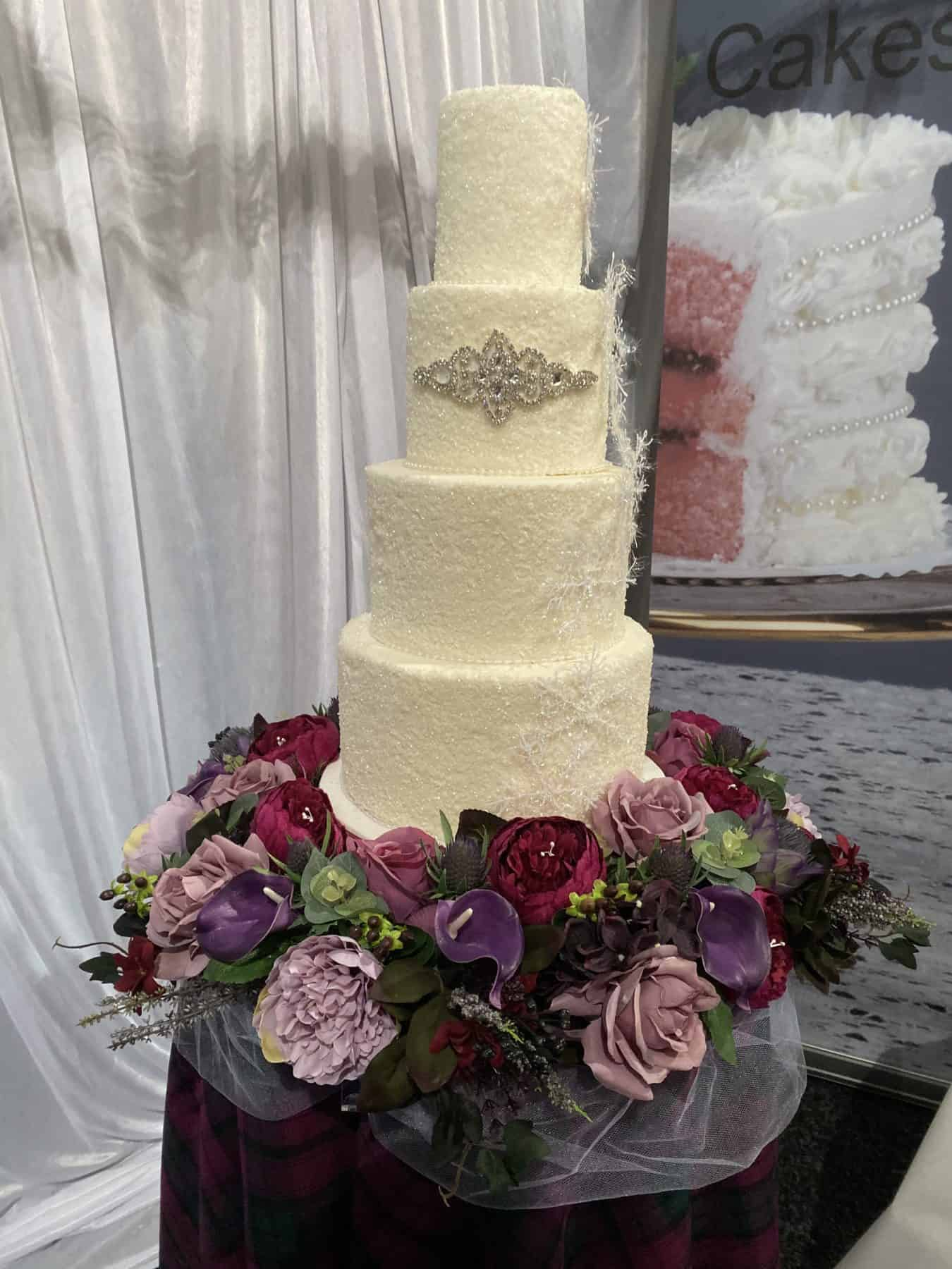 high-class-cakes-scottish-borders-wedding-cake-floral-bespoke-winter-design
