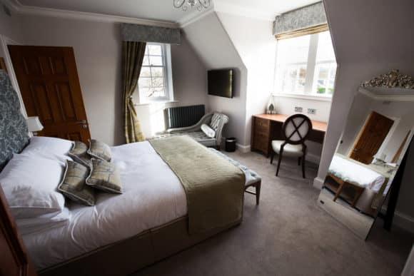 the-craigie-hotel-scottish-edinburgh-wedding-venue-bridal-suite