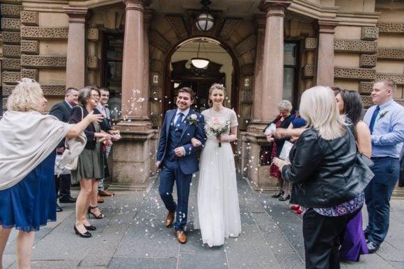chloe-burns-photographer-scottish-wedding-bridal-party