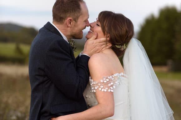 katie-blair-matthews-wedding-photography-fife-scottish-Guardswell-Farm