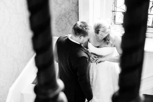 kcrichton-photography-scottish-edinburgh-wedding-photographer-supplier-bride-groom-staircase