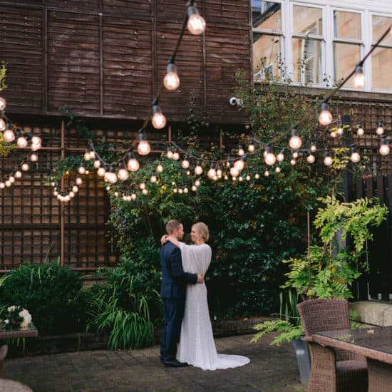 lynsey-jackson-scottish-glasgow-wedding-photographer-elopement-brfide-groom