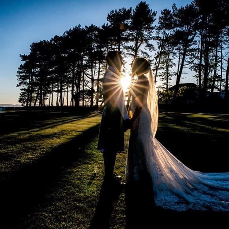 grant-parfery-scottish-glasgow-wedding-photographer-bride-groom-sunset-outdoor
