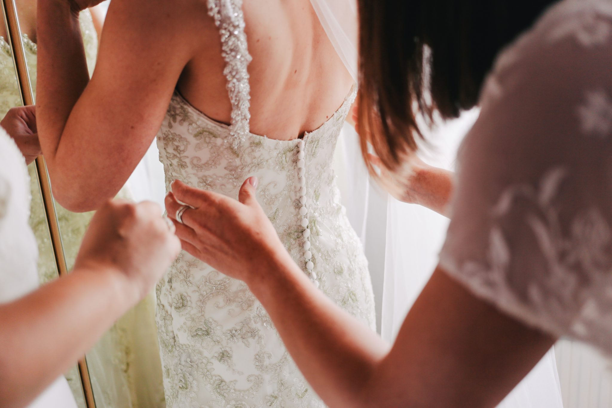wedding dress shopping bridal appointment guide
