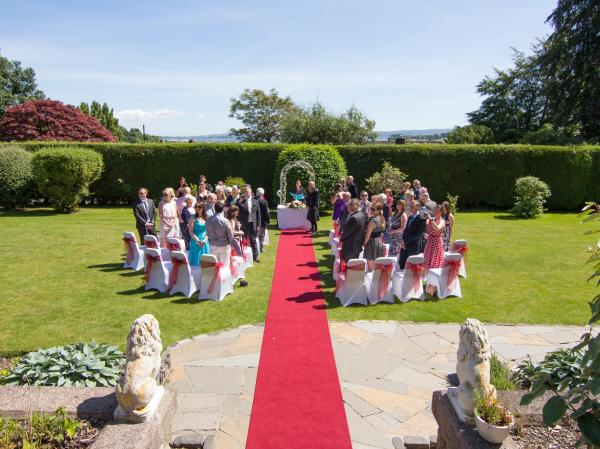 roselea hall hotel-helensburgh-glasgow-wedding-venue-scottish-coastal-country-scenic-outdoor-ceremony