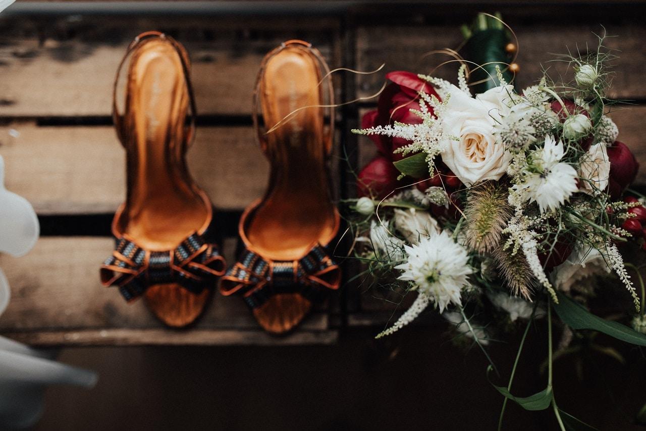 the-scottish-wedding-venue-supplier-directory-scotland-flowers-bouquet-bridal