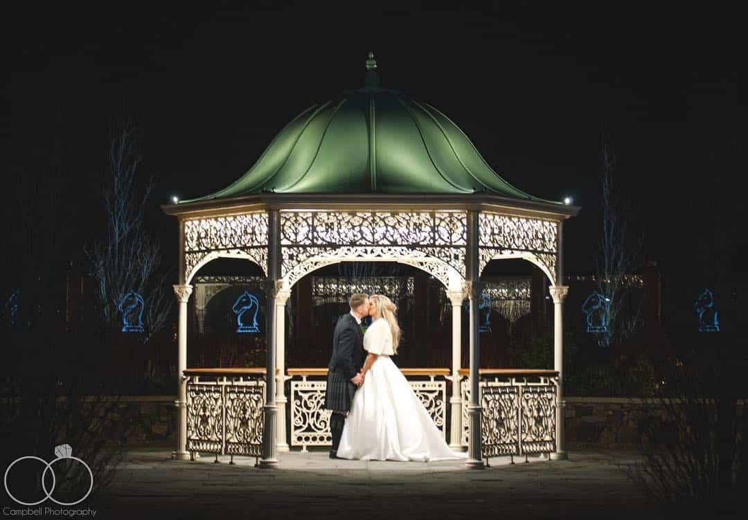 laurencampbell-scottish-glasgow-wedding-photography-outdoor-bandstand