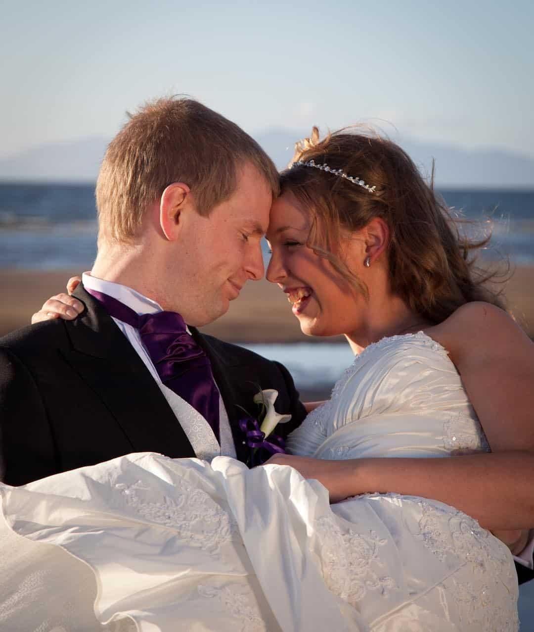 lorna-thorburn-scottish-glasgow-ayrshire-bride-groom-beach-ayr-coastal