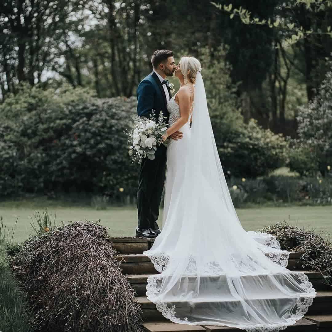 paul-govers-scottish-glasgow-wedding-photographer-veil-bride-groom