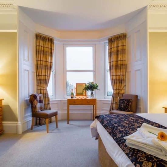 the-arran-lodge-scottish-isle-of-arran-wedding-venue-sea-view-bedroom