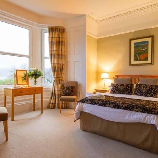 the-arran-lodge-scottish-isle-of-arran-wedding-venue-sea-view-bedroom-ocean